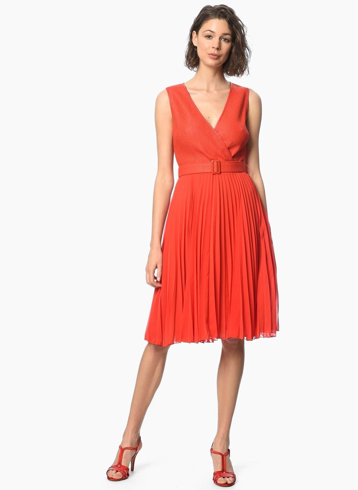 23f291345d4e3 NetWork Kadın V Yaka Kolsuz Pileli Elbise Nar Çiçeği | Morhipo ...